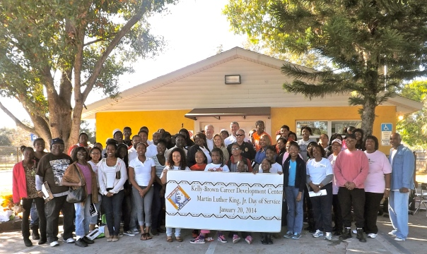 Many of the students and volunteers pictured here with community leaders.